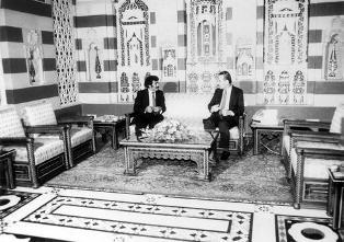 ألبوم تذكارية للرئيس السابق عبدالله