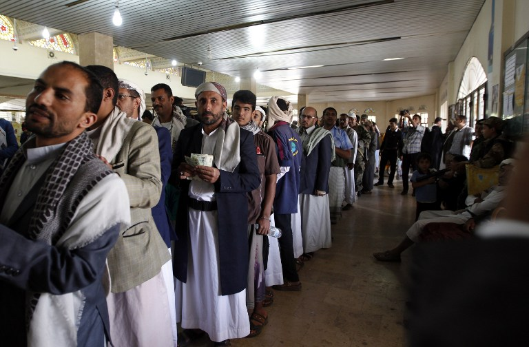 مليون موظف يمني بدون رواتب منذ 20 شهرا