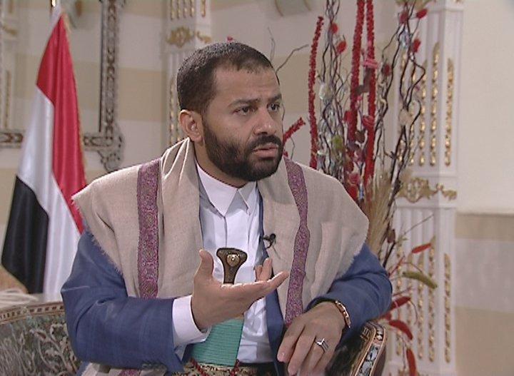 حميد الأحمر .. يوجه دعوة عاجلة للمحافظين وقادة المناطق والألوية العسكرية