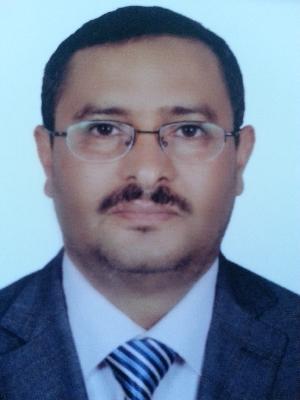 دكتور/ عباس محمد العزب