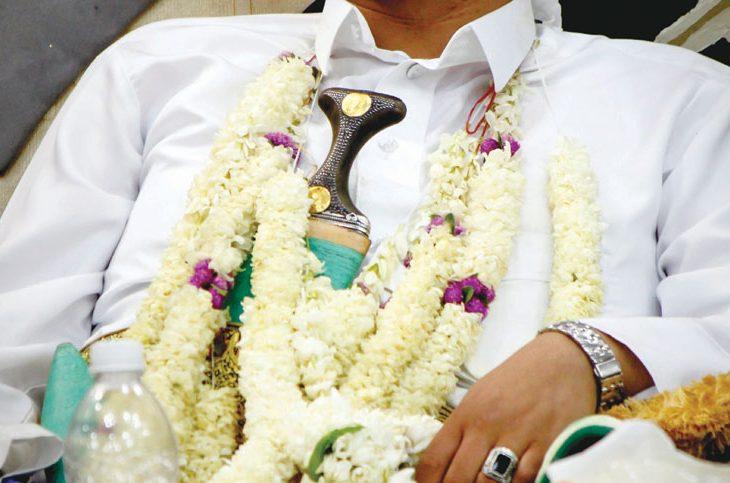 24fdaf228eb17 الفُل.. نبات عطري يغزو قلوب اليمنيين
