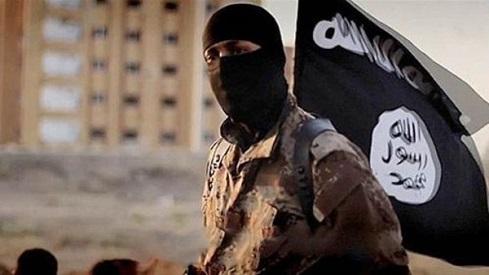شرطي إماراتي التحق بداعش وتلقى تدريبات انتحارية يقع بيد الأمن التركي