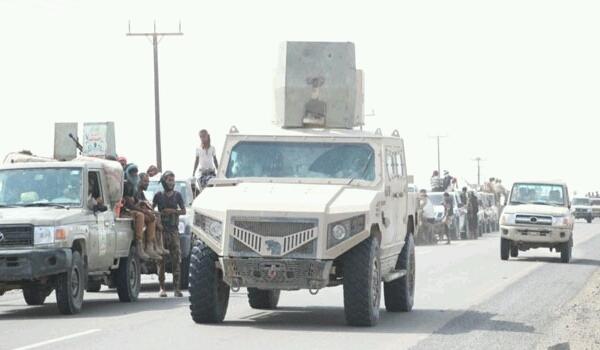 عاجل: مليشيا الحوثي تنهار في الحديدة والمعارك تنتقل الى شارع صنعاء وبوارج التحالف تمهد لاقتحام الميناء (تقرير بآخر المستجدات)
