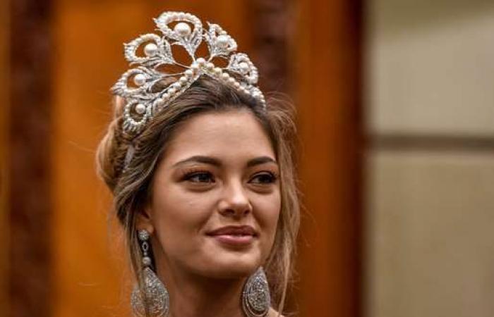 ملكة جمال عربية يزج بها في أحد سجون دولة ملكية