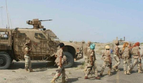 مقتل 32 حوثيا في الحديدة.. ومسؤول عسكري يكشف آخر مستجدات المعارك بمحيط المدينة