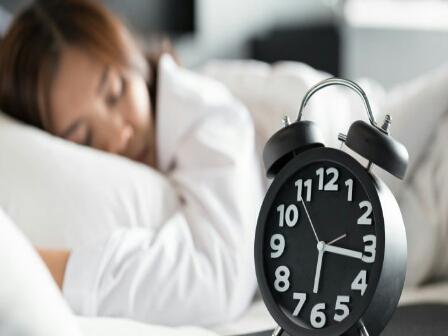 «النوم القاتل»... تعرف على أسراره وما يفعله في جسم الإنسان