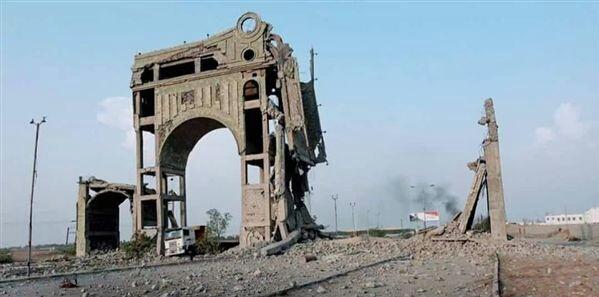 علي محسن يعلن موقف قوي بشأن الانسحاب من الحديدة والشرعية تطلق تحذير خطير