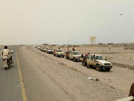 قوات الجيش تقترب من ميناء «الحديدة» وفرار جماعي للمليشات بملابس نسائية