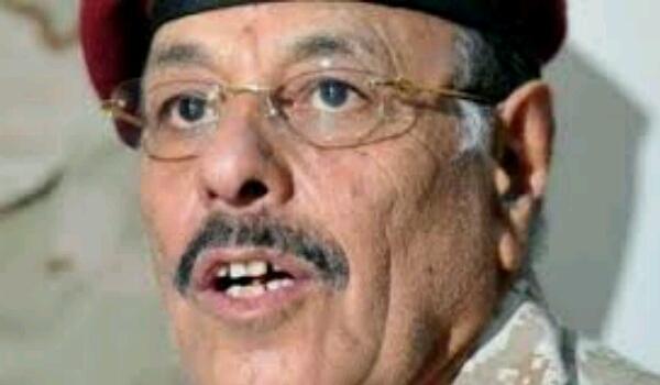 «علي محسن الأحمر» يزور مقر قيادة قوات التحالف بالتزامن مع انتصارات كبيرة في مختلف الجبهات