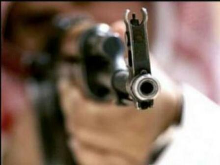 محاولة إغتيال فاشلة تصيب رئيس جامعة تعز وتقتل أحد مرافقية