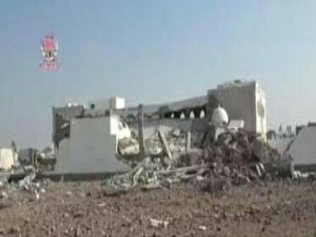 الحوثيون يفجّرون مسجداً شرقي الحديدة