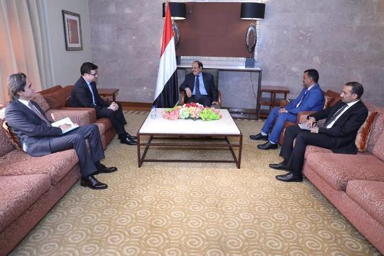لماذا التقى الفريق علي محسن بالسفير التركي باليمن