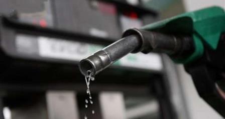 دولة خليجية تعلن مراجعة أسعار البنزين