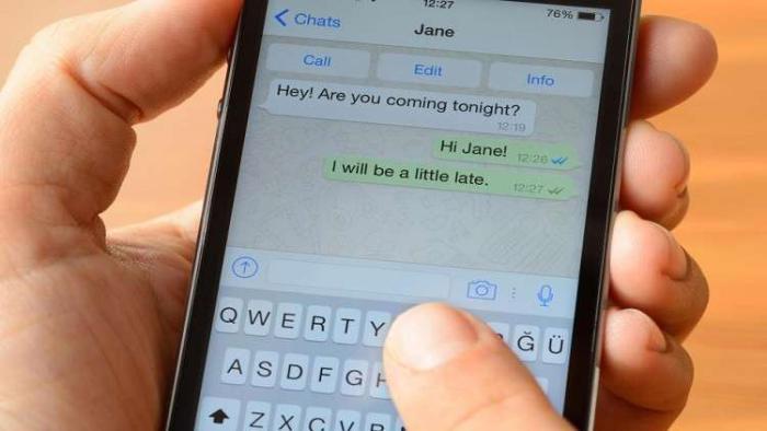خلل في واتس آب يفضح رسائلك الخاصة أمام الغرباء