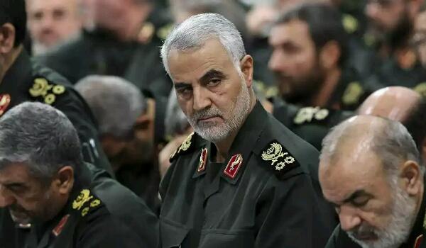 """رئيس الاستخبارات السعودي يكشف تفاصيل زيارة قام بها الى """"إيران"""" ولقائه بـ""""سليمان"""""""