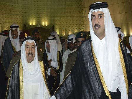 أمير قطر يفاجئ نظيره الكويتي بهدية غير متوقعة