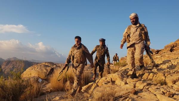 انتصارات ومستجدات متسارعة من صعدة –  دفاعات الحوثي تتهاوى والجيش يعلن التحام جبهتين مهمتين