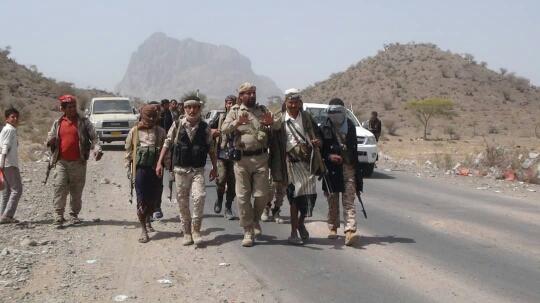 الحوثيون يخسرون مديرية كاملة في «الضالع» والشرعية تعلن اقتراب القوات من اولى مناطق «إب»