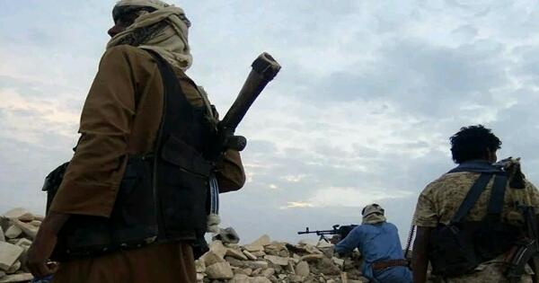 """الحوثيون يقتحمون الجنوب من محورين.. المقاومة تستغيث و""""علي محسن"""" يتوعد """"الخونة"""" (اخر المستجدات)"""