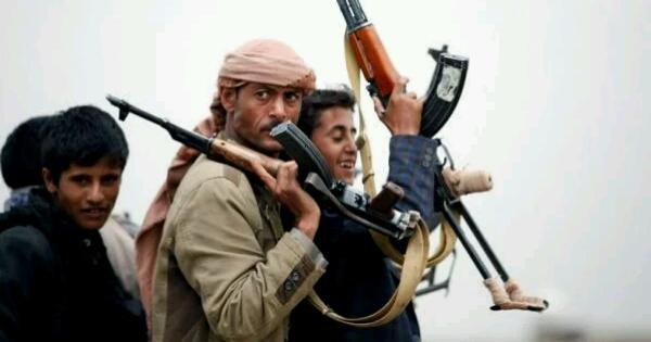 """مليشيا الحوثي تخطط لـ""""أكبر عملية نهب في تاريخها"""" وتحضيرات لـ""""كارثة ستغرق المنطقة"""""""