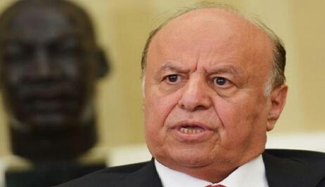 محافظ مع الشرعية يتمرد على هادي ويتجاوز مهلة رئاسية زمنها 48 ساعة