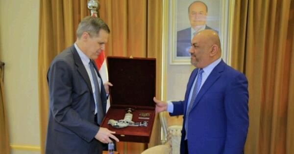 """اليمن تستقبل السفير الأمريكي الجديد وتودع """"تولر"""""""