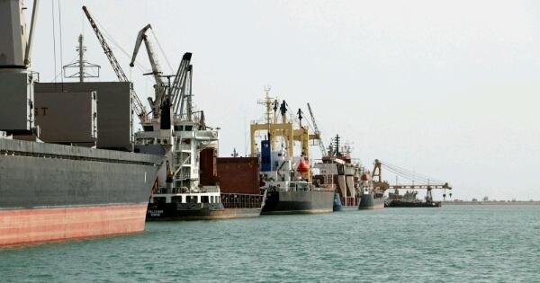 قوات اجنبية للسيطرة على ميناء الحديدة ومهمة قادمة لـ 3 ألوية كوماندوز