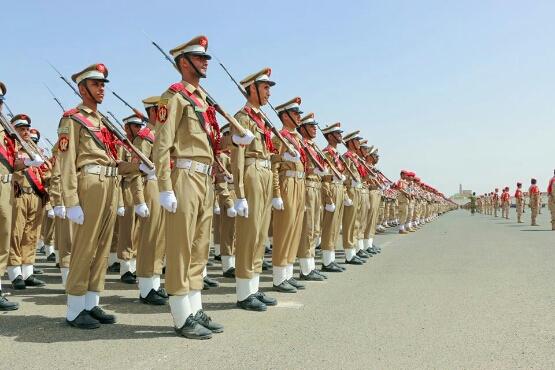 المليشيات الحوثية تحول مقر الكلية الحربية الى مزار مقابل 500 ريال*