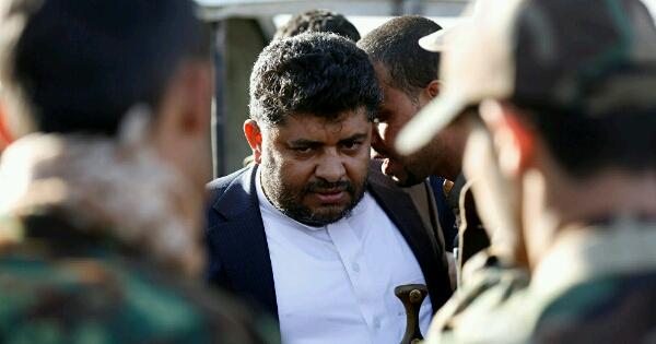 صراعات الأجنحة تتفاقم في أوساط الحوثيين.. أقارب زعيم الحوثيين يتبادلون الاتهامات