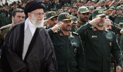 الحرس الثوري الإيراني يتفاخر: القوات الأمريكية أصبحت أكثر أدبا في الخليج
