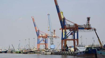 انهيار التجارة بين ألمانيا وإيران في ظل العقوبات الأمريكية