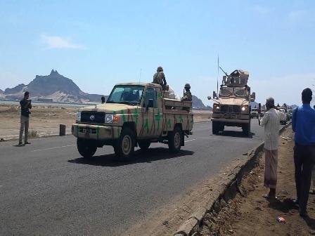 «الانتقالي الجنوبي» يصعّد من جديد ضد «الشرعية» ويدفع بتعزيزات عسكرية صوب هذه المحافظة