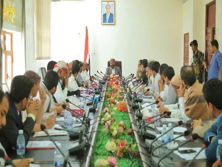 تنفيذي «مأرب» يعقد إجتماعه الدوري برئاسة اللواء «العرادة»