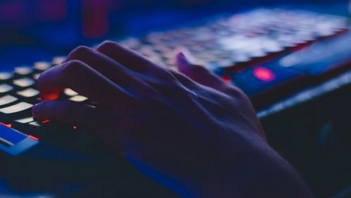 مايكروسوفت تطلق تحديثا طارئا لحماية الحواسب من الاختراق