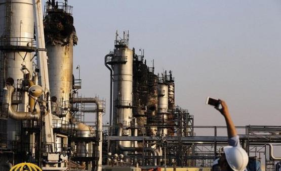 تقرير مخيف لمدير شركة النفط الروسية عن أرامكو السعودية وخسائرها