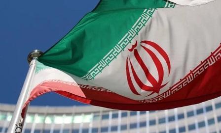 مسؤول إيراني: تضخيم الغرب لخطر كورونا وراءه مؤامرة خفية