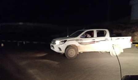 أجهزة الأمن تضبط سيارة مسروقة بعد ساعات من سرقتها ويعيدها لمالكها