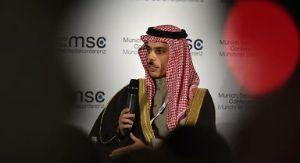 """وزير الخارجية السعودي يحذر """"خزان صافر""""العائم في الحديدة  يكمن ان ينفجر"""