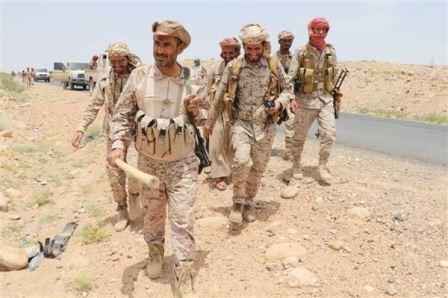 رئيس الأركان في زيارة مباغته لقوات الجيش الوطني في جبهات الجوف