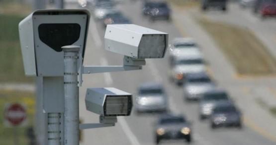 شاب سعودي يدمر واحد من أهم وأخطر أجهزة المراقبة في المملكة وأجهزة الامن تتعقبه