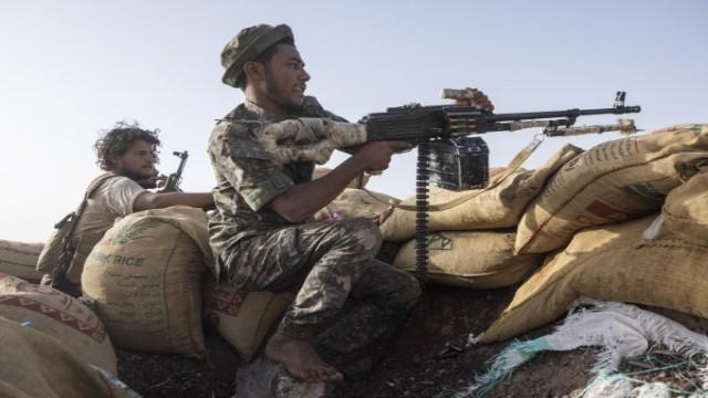 الاعلان عن مصرع 200 حوثياً جنوب مأرب وإسقاط 7 طائرات مسيرة وتدمير 18 آلية عسكرية